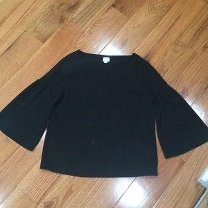 Black bell sleeve 3/4 sleeve top